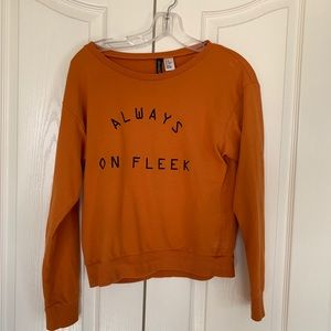 Divided orange sweater ❤️